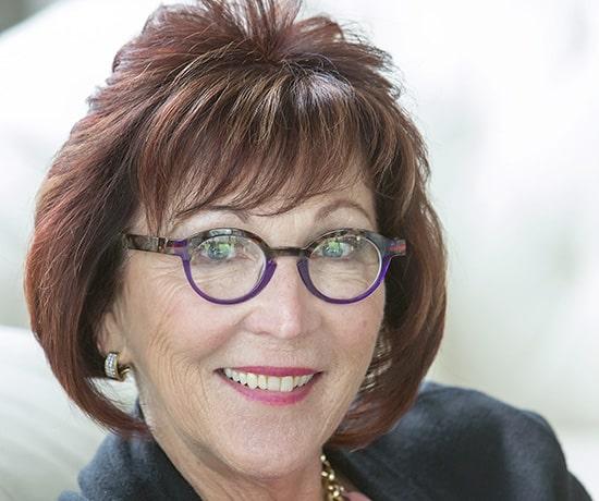 Sue's Testimonial Headshot